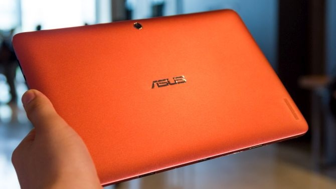 asus-transformer-book-t100ha-ruckseite