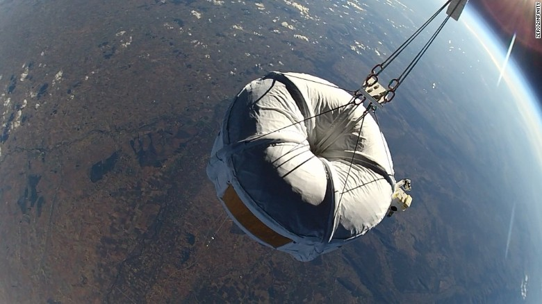150226133238-space-baloon-11-exlarge-169